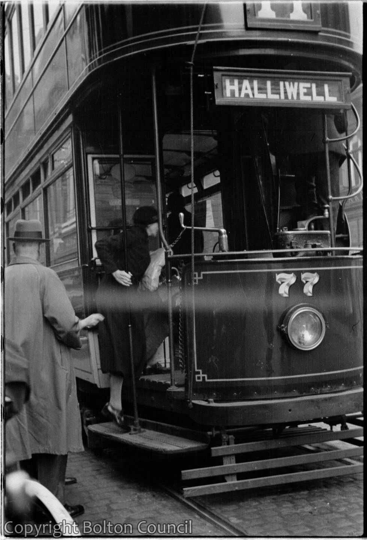 Tram 77