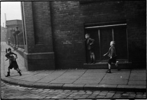 Children play street games on Davenport Street